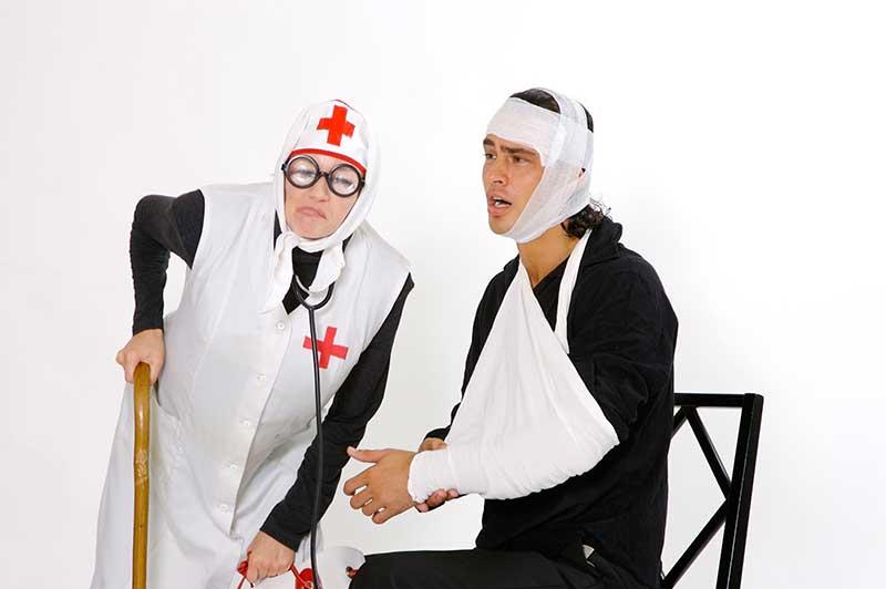 Hässliche Krankenschwester